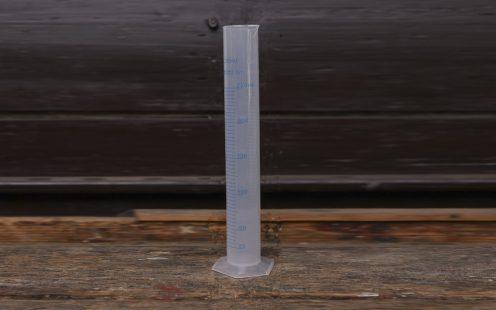 Mérőhenger-műanyag 250 ml