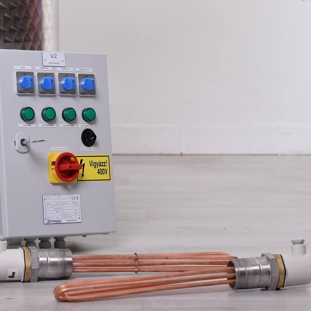 Elektromos vízköpeny fűtés vezérlőszekrénnyel - elektromos fűtési mód esetén